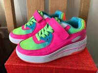 Girls Heely style skate shoes size 1