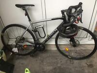 B-TWIN aluminum frame with a carbon fork, Road Bike