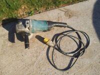 Makita 9 inch disk grinder /cutter 110 volt spares or repair