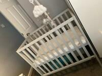 Mamas and Papas Compact Cot Set.