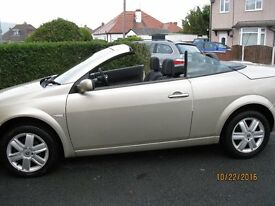 Renault Megane Hardtop convertible 2005 1.6 petrol in superb condition and only 52000 miles