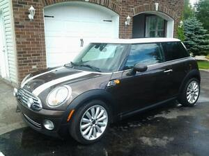 2010 MINI Mini Cooper mayfair