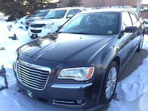 2014 Chrysler 300 LEATHER AWD SUNROOF WINTER AND SUMMER WHEELS A