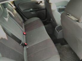 Black Seat Leon 1.9 Tdi / pics to follow