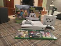 Xbox one S 500GB with 2 controller + 3 games