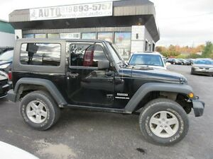 2010 Jeep Wrangler MOUNTAIN Trailrated 4X4 ($79 WKLY. 2 Doors, m Gatineau Ottawa / Gatineau Area image 3