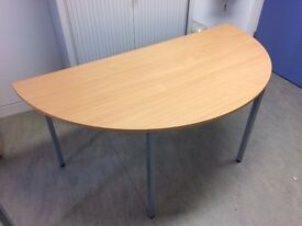 Circular Meeting Room Table - excellent condition