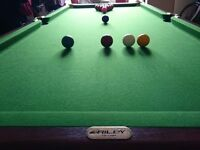 6X3 feet Riley snooker table, with full set of balls and cues, ideal for teenage kids £100.00