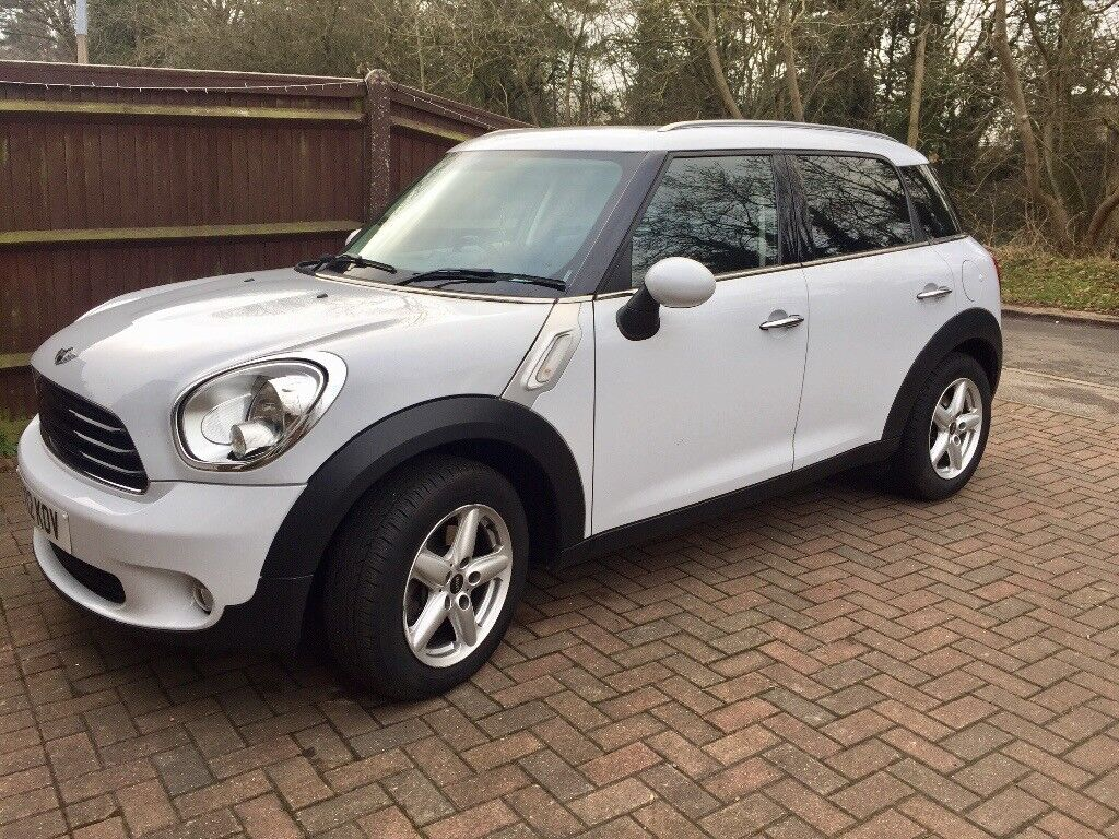 Mini Countryman 1.6, white, salt package, manual, recently serviced