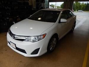 2012 Toyota Camry LE Upgrade Great value in a comfortable car