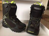 Salomon Dialogue Autofit Size 8 (mens/unisex) Snowboard Boots (never worn)