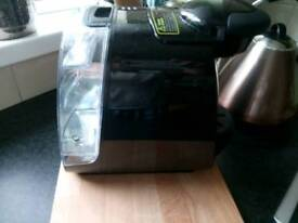 Bosch tassimo coffee machine with assessories