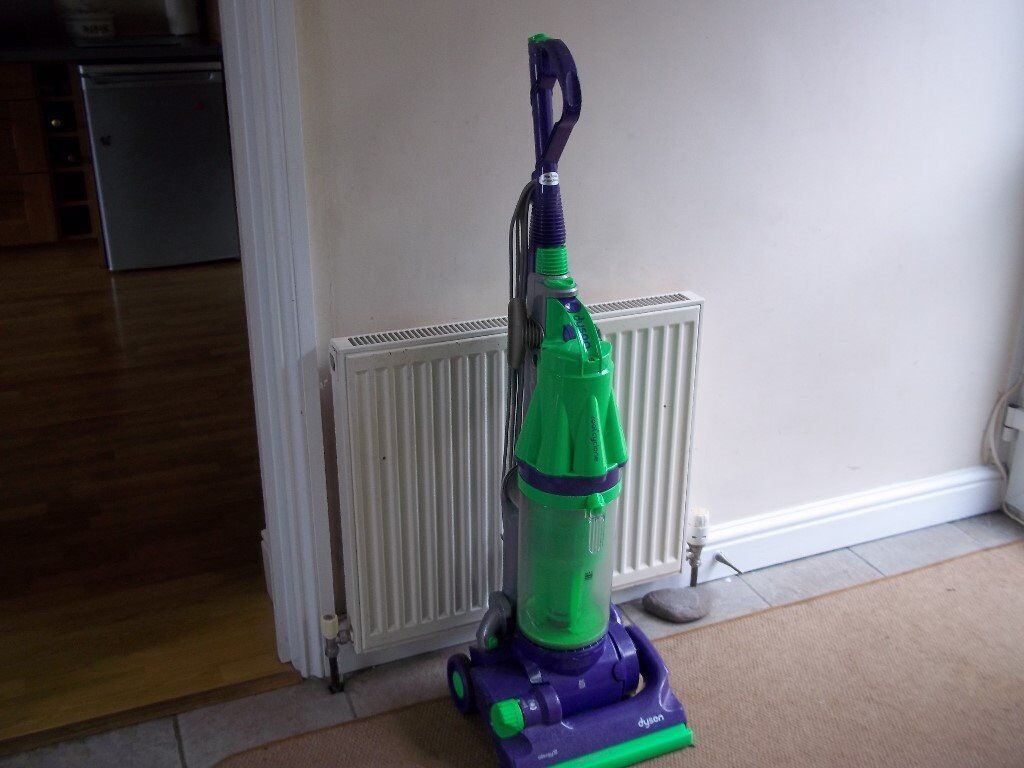 DYSON DC07 ALL FLOORS UPRIGHT BAGLESS VACUUM, FULLY