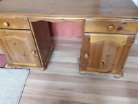 Wood Dressing table/desk suitable for upcycling