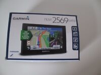 Car sat nav model Garmin nuvi 2569 LMT-D - barely used