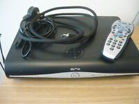 SKY + HD BOX /REMOTE CONTROL / SCART / MAINS CABLE