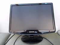 Five Samsung SyncMaster LCD Monitor