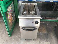 GAS ITALIAN MARENO FRYER CATERING COMMERCIAL KITCHEN FAST FOOD TAKE AWAY SHOP BAR
