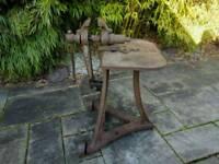Blacksmith leg vice and table