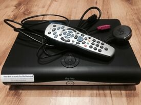 Sky Box 500GB Storage & Remote For Sale. Complete with power cable.