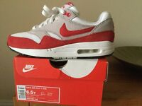 Nike Air Max 1 trainers. Size 6. Genuine Nike. Red, white and grey. Bargain at £25