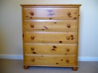 Pine Chest of Draws Plus 2 FREE pine bedside cabinets All for £30