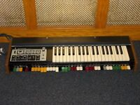 Roland SH-2000 analogue synthesiser 1970s
