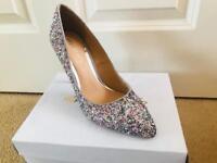Glitter heels (7/40)