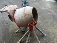CONCRETE MIXER BELLE