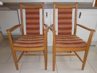 ERCOL Penn carver chair with padded back. Quality material, rustic colours. Nearly new/never used.