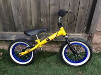Balance Stompee bike
