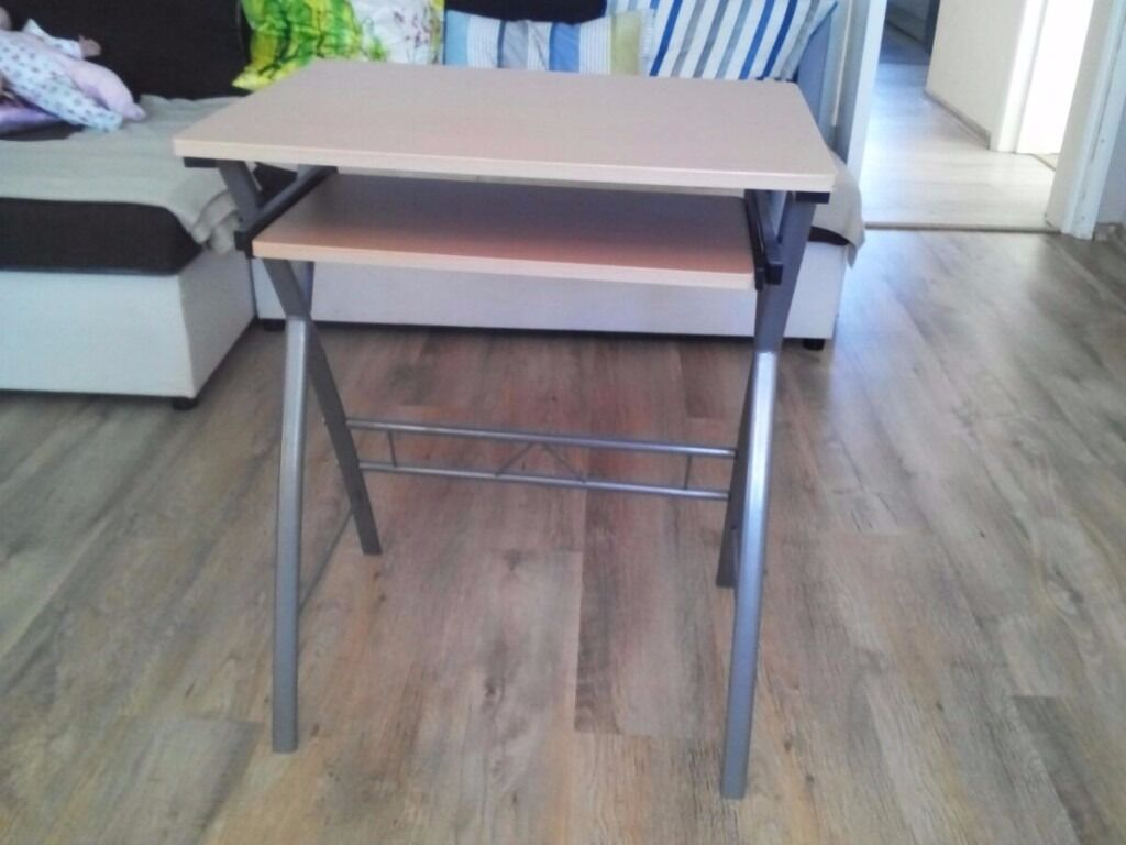 Computer deskin Bournemouth, DorsetGumtree - Computer desk no longer needed so selling cheap will do someone a turn comes from a smoke free home