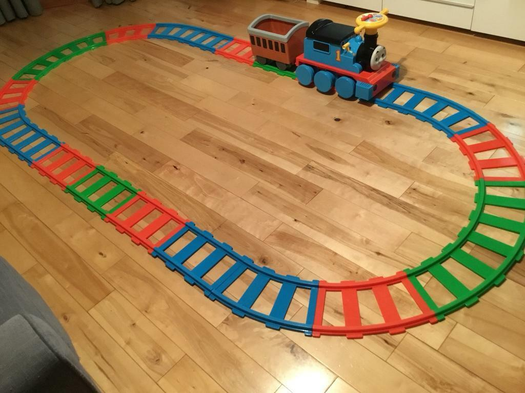 Thomas and friends battery operated train ride with track