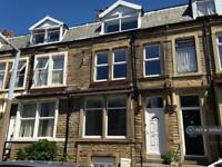 2 bedroom flat in Beach Street, Morecambe, LA4 (2 bed)