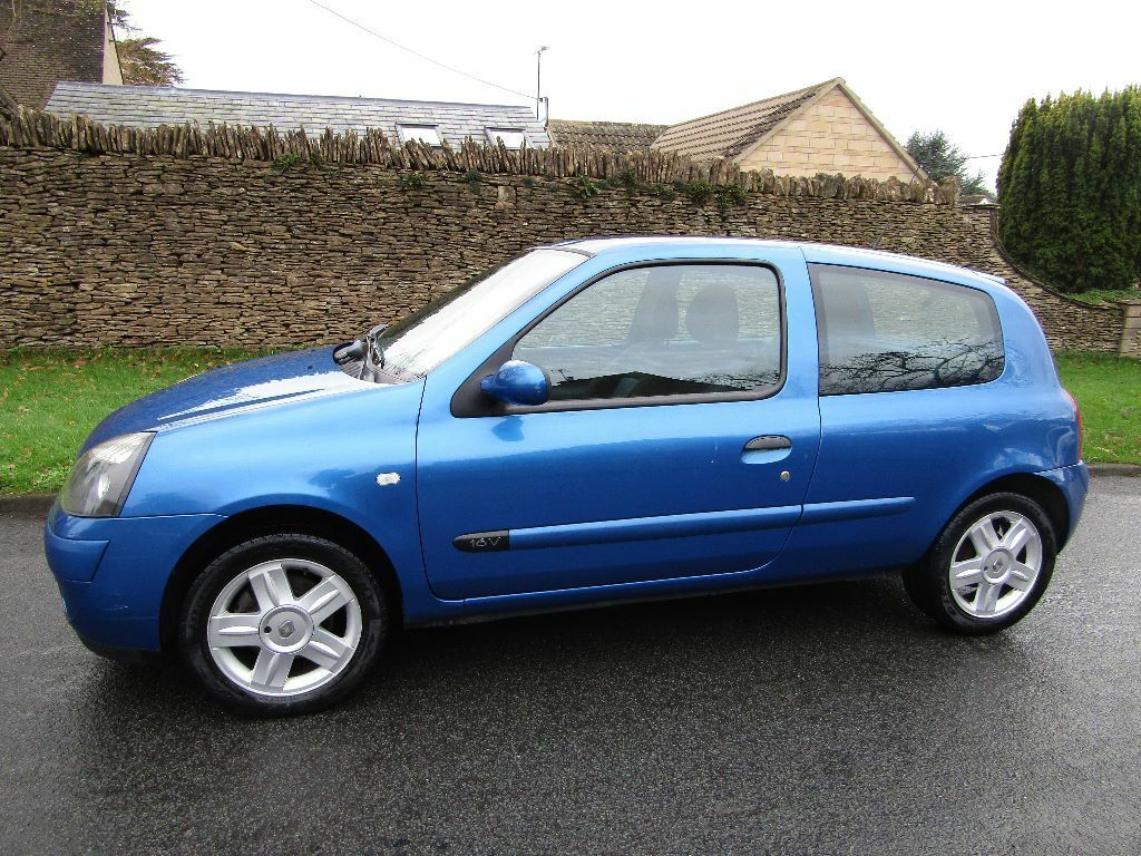 renault clio campus sport 2006 manual petrol 1 2 blue under 70000 miles in tetbury. Black Bedroom Furniture Sets. Home Design Ideas
