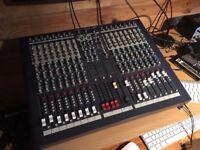 Soundcraft LX7ii-16 Mixing Desk