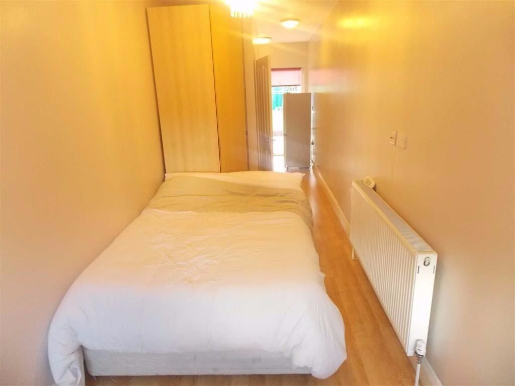 All bills included Studio apartment situated in Harrow