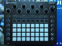 Novation Circuit - Groove Box with Synth, Drum Machine and Sequencer