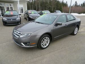 2011 Ford Fusion SEL 3.0L V6 ONLY 6,800 KMS!!
