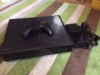 Xbox One 500GB - Black - One Controller - Excellent Condition