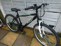 Teenagers to adults 17 inch fame 26 inch wheels very good condition