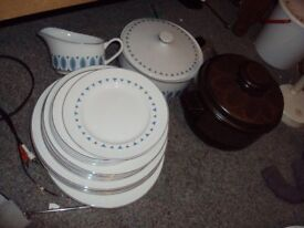 Alfred Clough dinner set