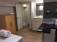 modern self-contain studio flat let @ E10 7DY all bills inclusive excellent location available 1 dec