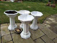 4 tall planters for sale at £10
