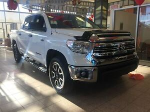 2016 Toyota Tundra Crewmax TRD 4x4 *Towing package inclus*