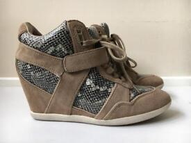 Ash wedges trainers 37