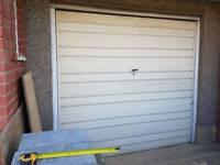 Garage door (up and over)