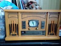 Old fashion style record player /cd player ex condition hardly used
