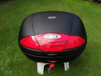 GIVI SIMPLY E45ON Luggage Hard Case TOPBOX, 45L, Monolock System, with Universal Fixing Plate
