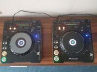 Pioneer CDJ1000 mk3 pair
